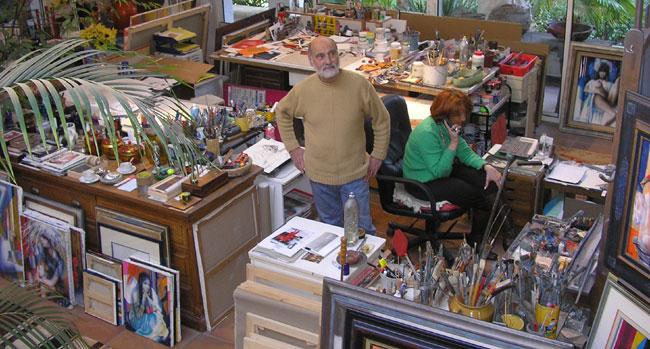 Artiste VALADIE dans son atelier